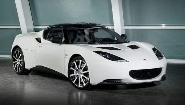 Lotus Evora, Functional Luxury