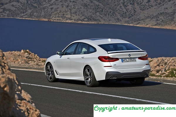 BMW Renews The Series 3 Gran Turismo