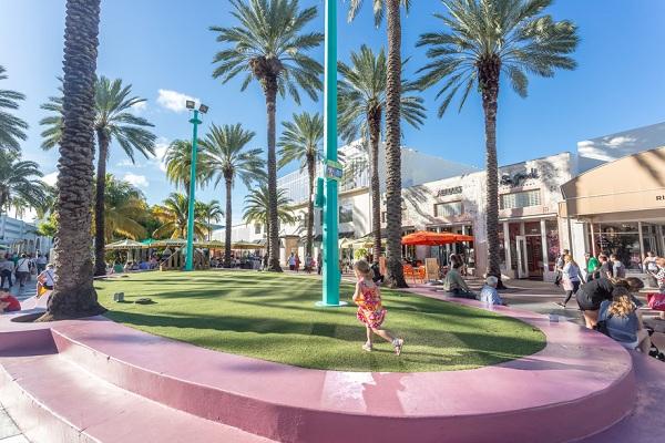 Top Neighborhoods To Live In Miami That Burns