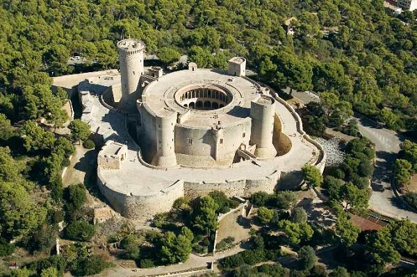 The 3 Most Beautiful Castles In Spain