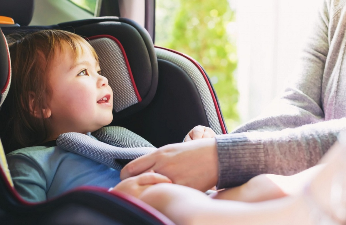Child car seat: 9 shopping tips for parents