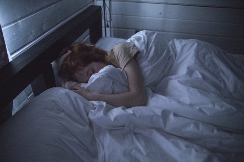 11 tips for a good night's sleep in hot weather