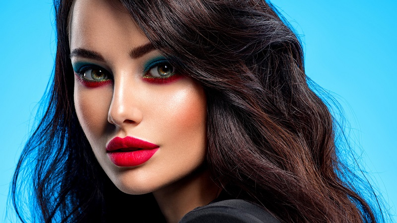 red makeup looks